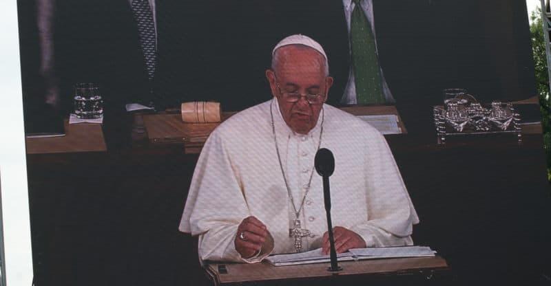 Pope addressing congress