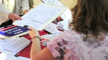 Voter registration for people to sign up for the 2008 election.
